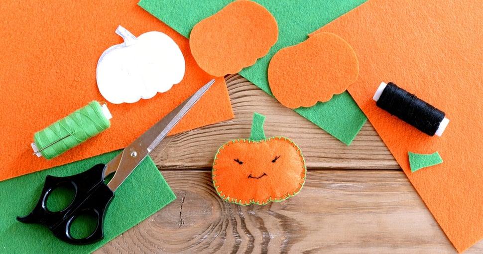DIY_Pumpkin_craft_for_Halloween