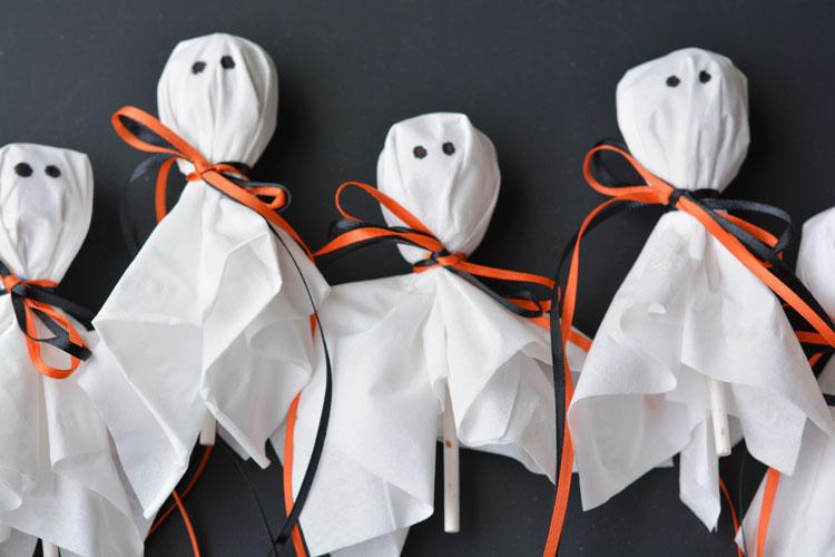 lollipop ghosts.jpg