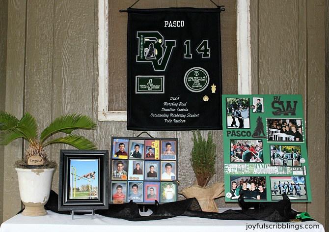 graduation-display