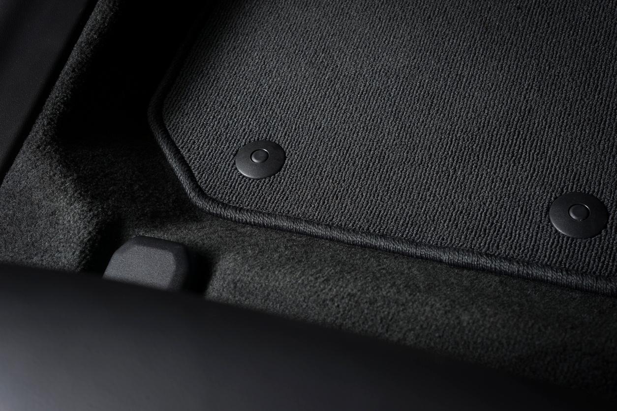 new_car_floor_mats