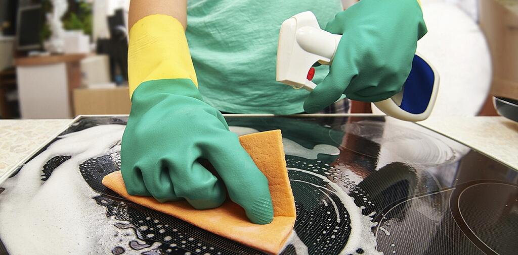 deep_cleaning_the_stovetop