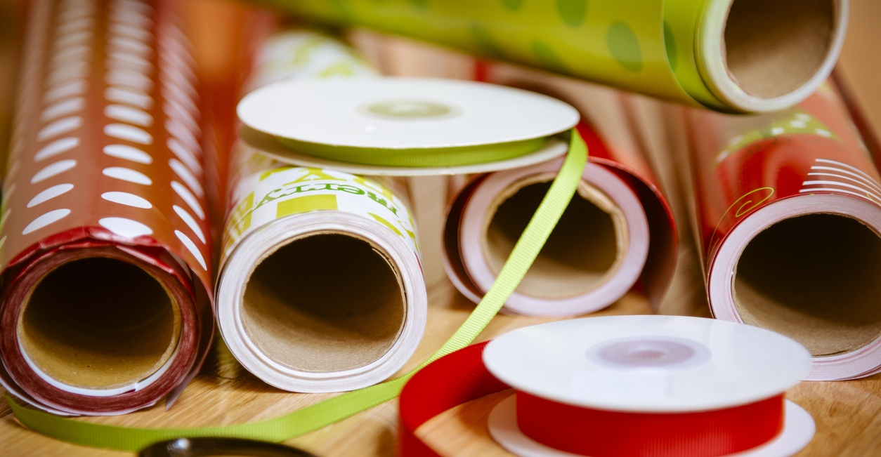 holiday_gift_wrap_on_a_table