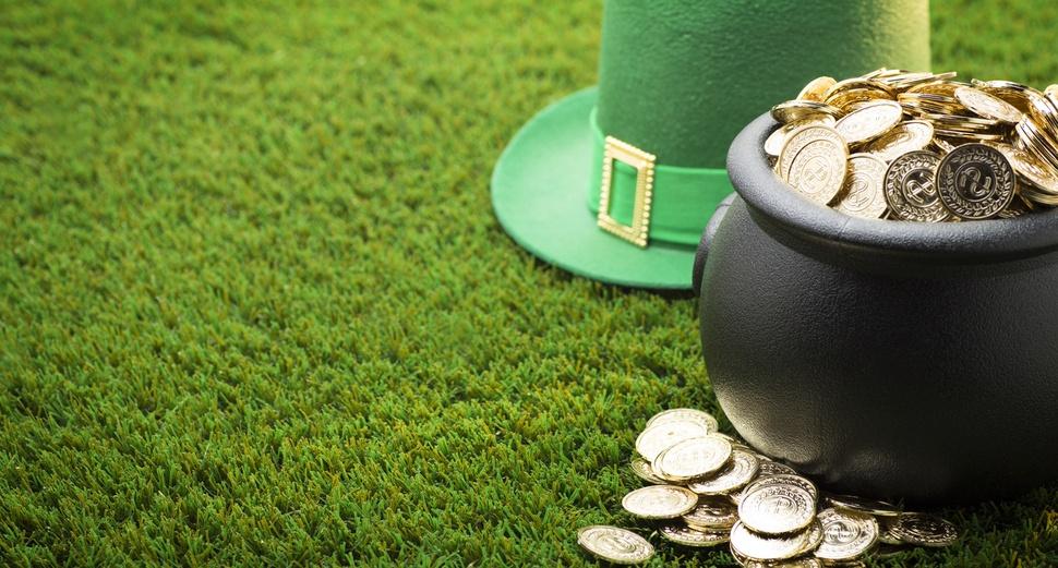 pot_of_gold_and_leprechaun_hat