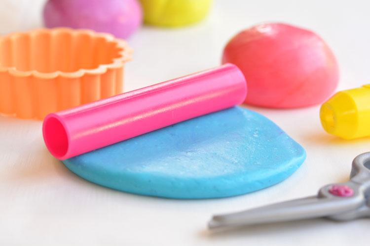 Edible_marshmallow_play_dough.jpg