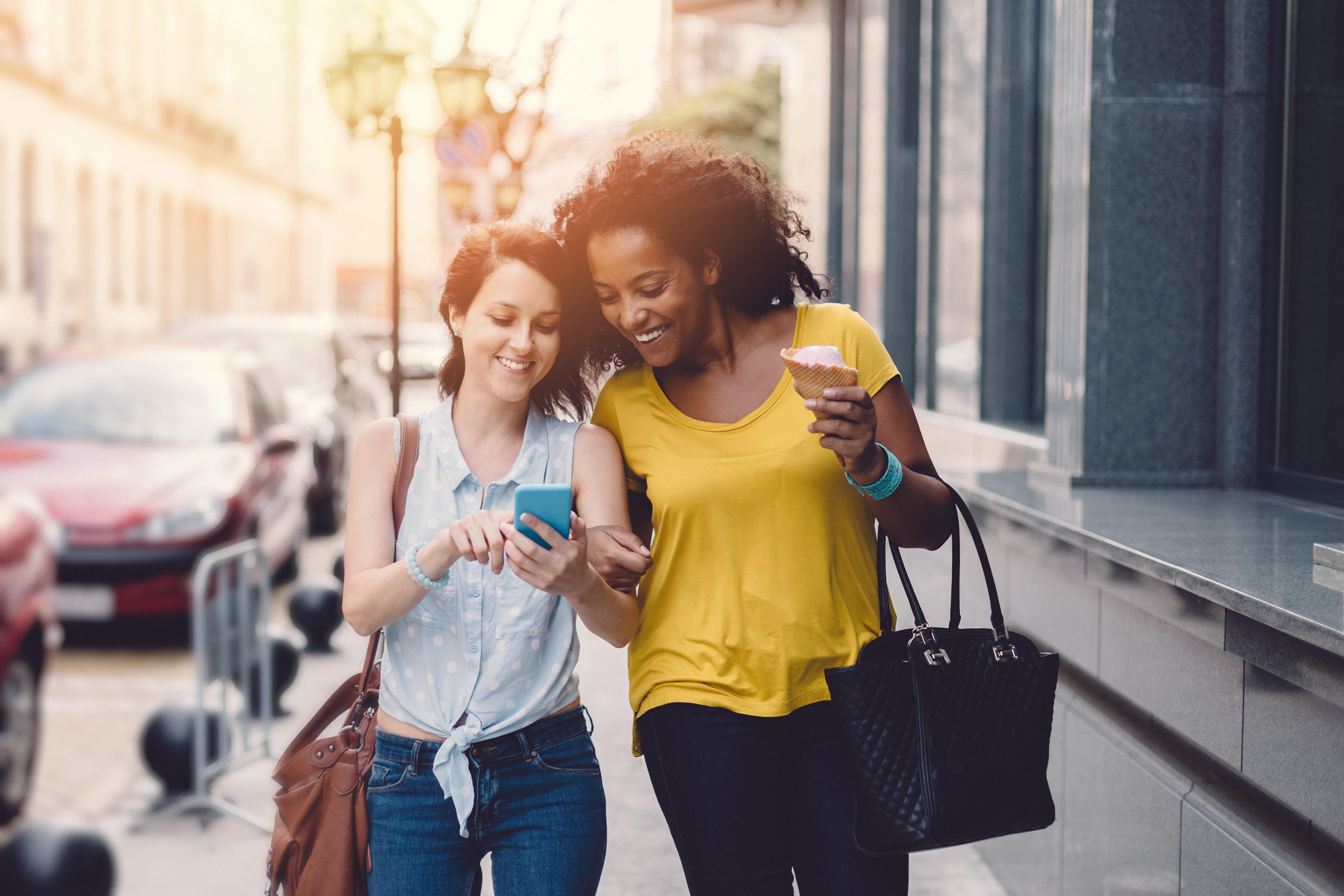 two_women_shopping