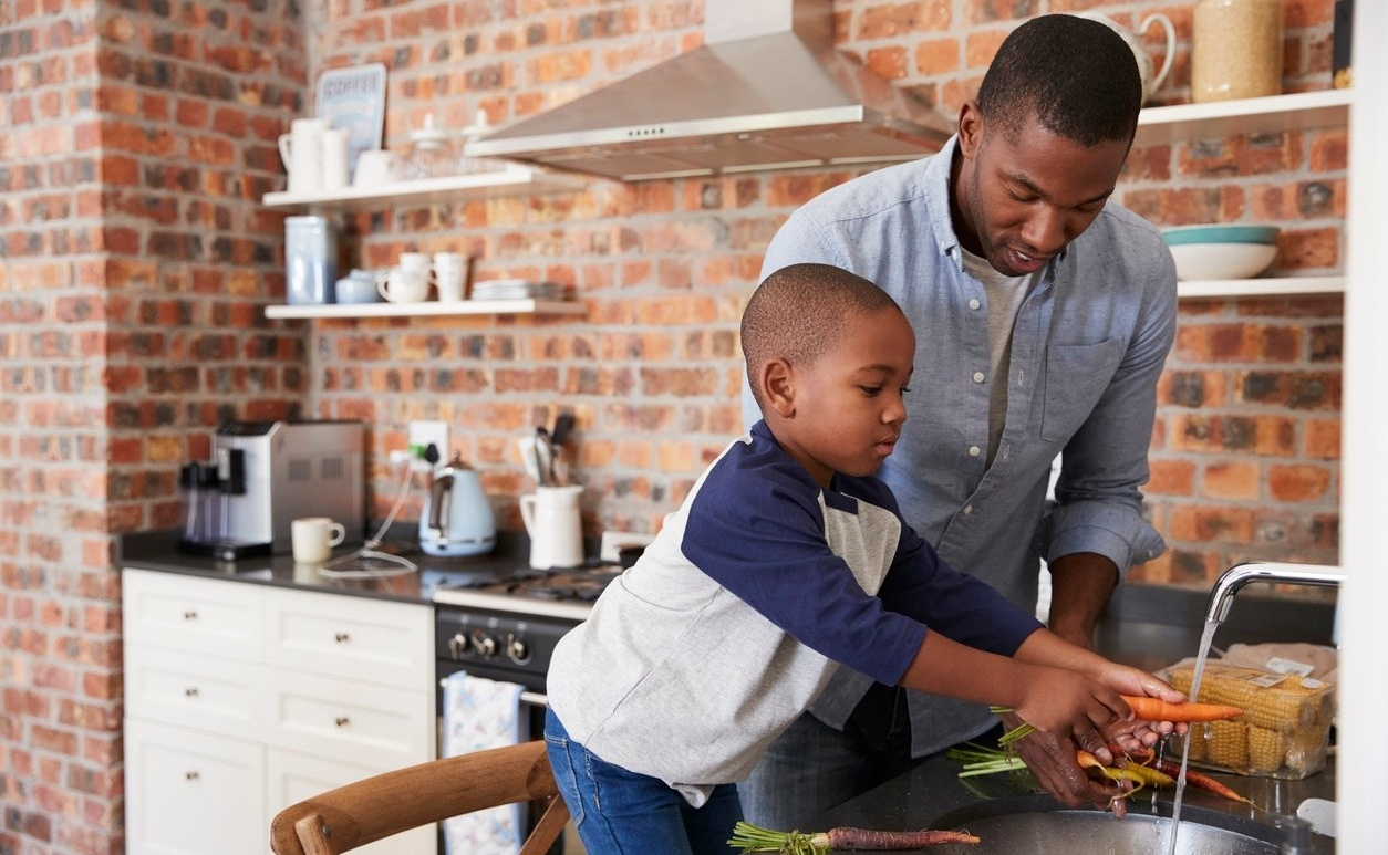 6 Wallet and Kid-Friendly Recipes for Busy Families